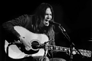 Neil Young – Journey Through the Past